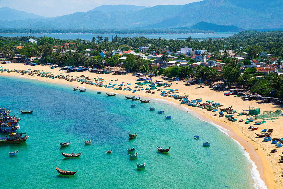 Cruising the Coast of Vietnam - North to South 3