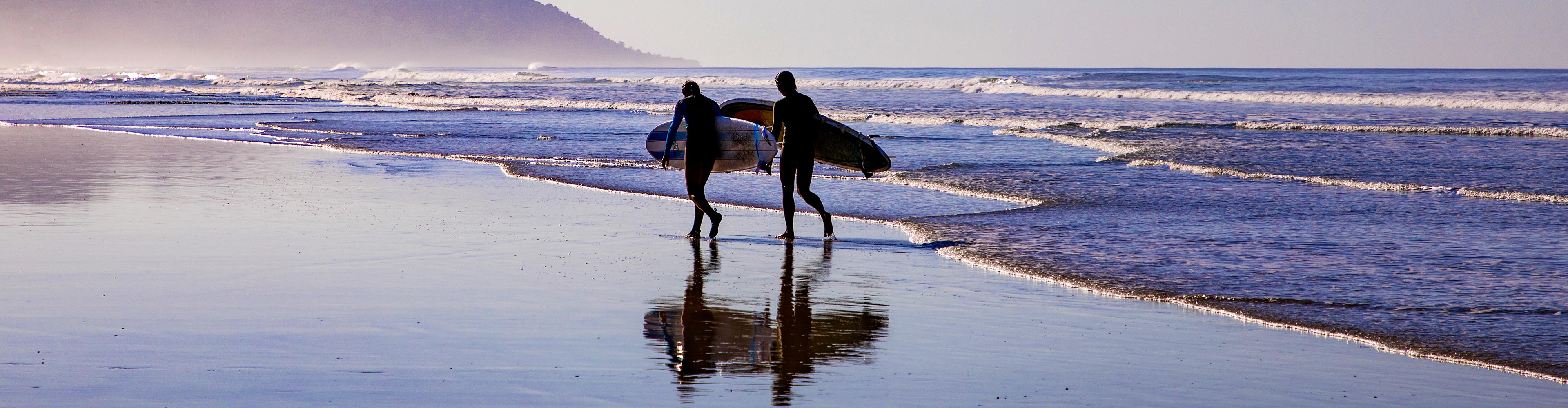 Costa Rica Beginner Surfing