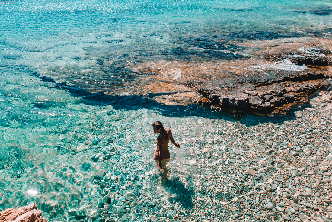 One Week Sailing Mykonos to Santorini 4