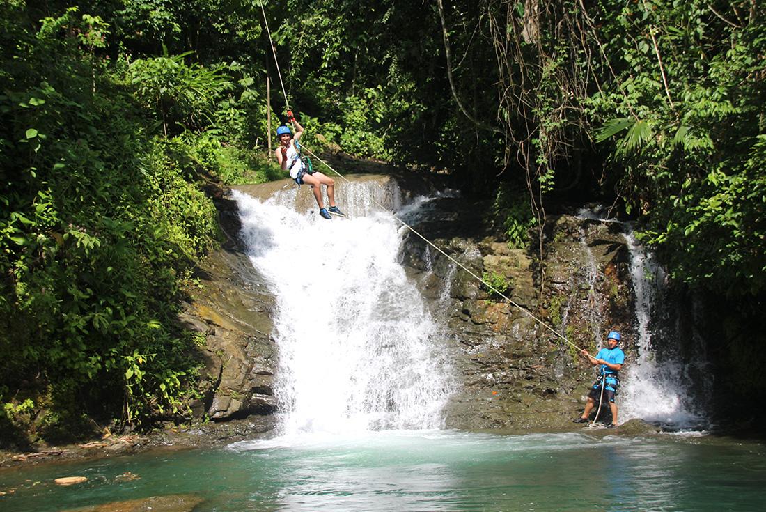Costa Rica: Hike, Raft & Canyon 4
