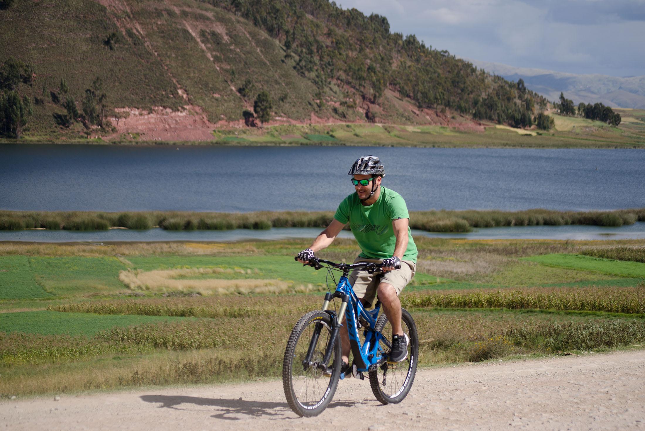 Peru: Bike, climb & hike 1
