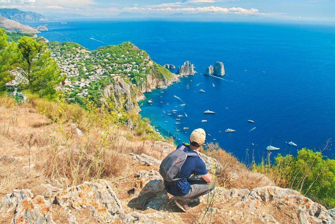 Amalfi Coast: Hike, Boat & Kayak 4