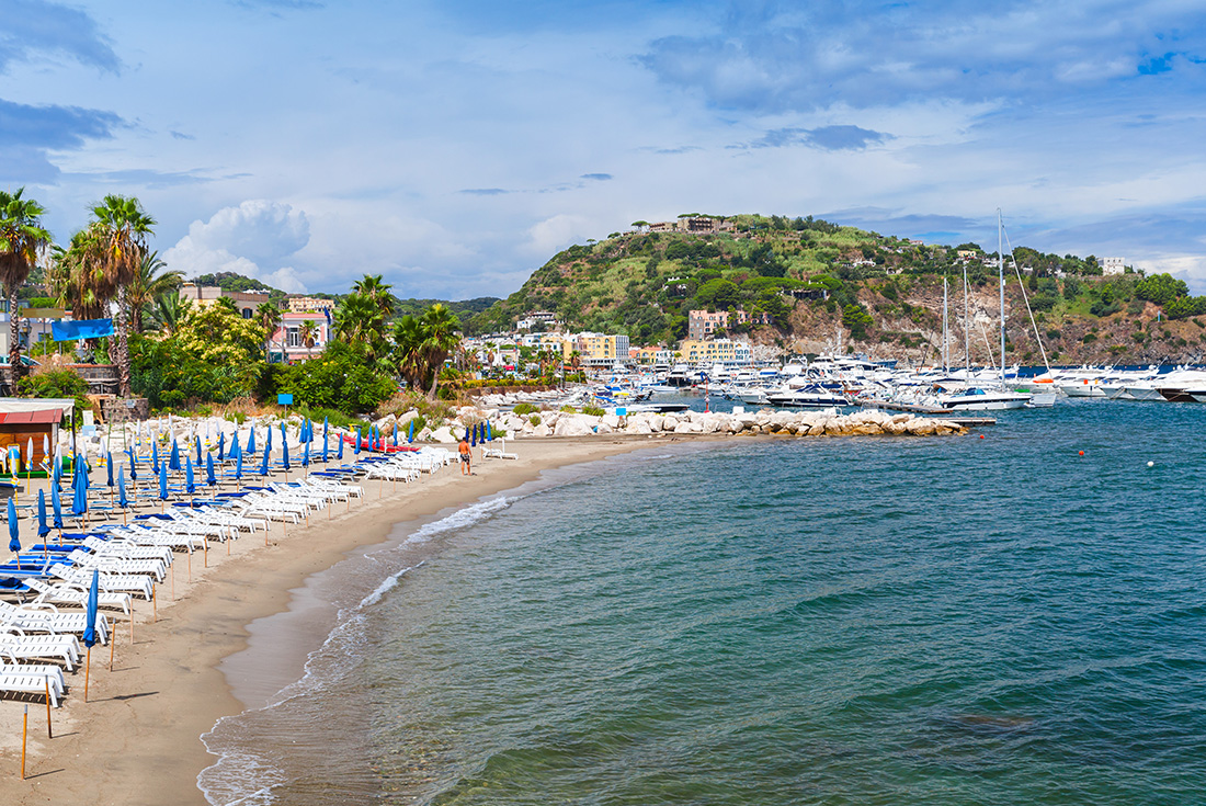 Sail Italy: Amalfi to Procida 4