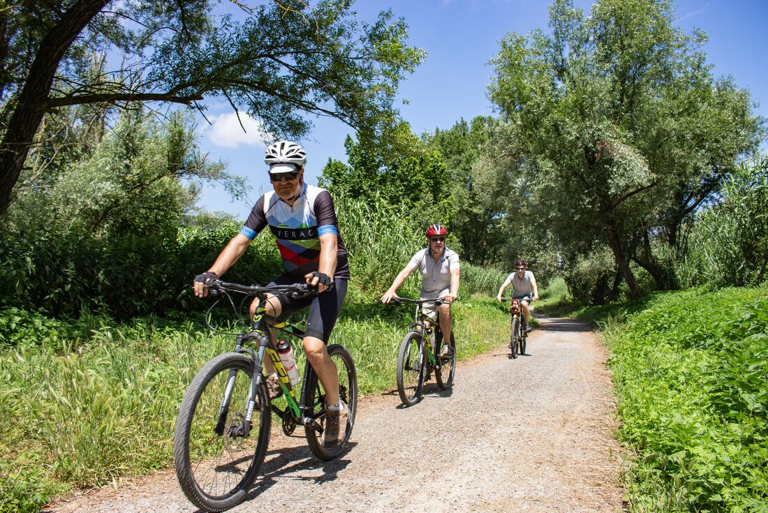 Italian Lakes: Hike, Bike & Kayak 1