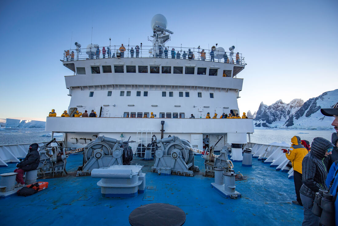 Antarctic Express: Crossing the Antarctic Circle from Punta Arenas 3