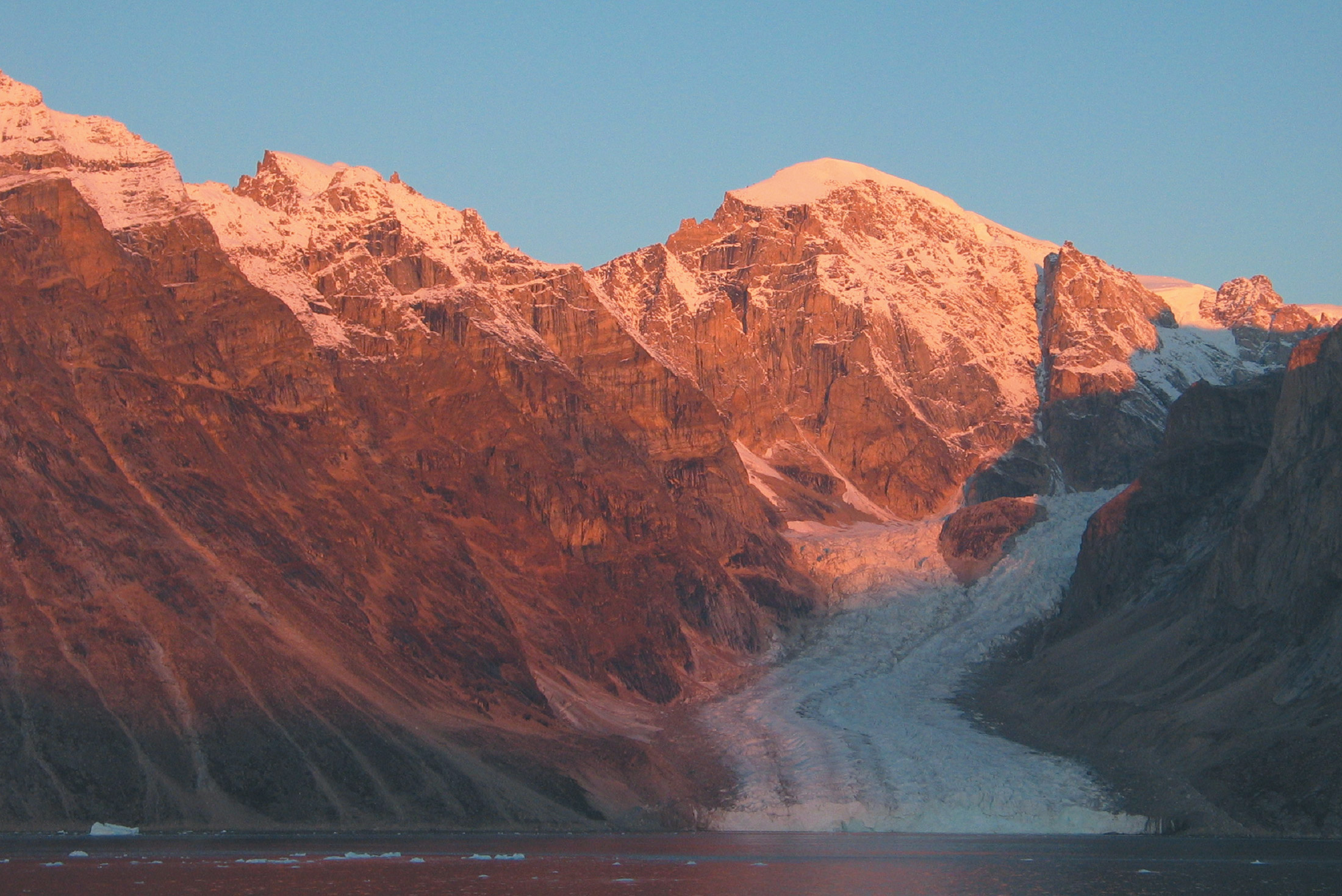 Best of the Western Arctic: Canada and Greenland from Toronto 3