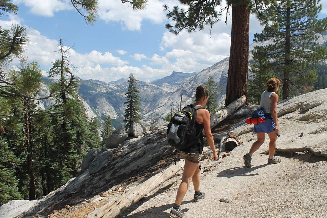 Walk Yosemite National Park 3