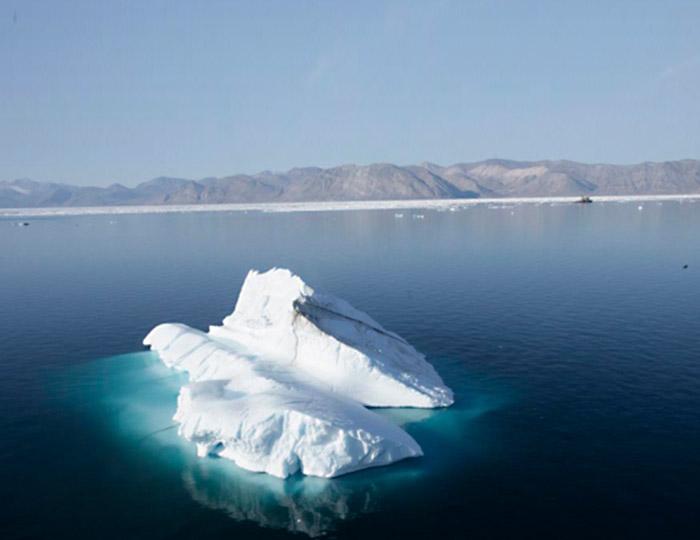 Arctic Watch Lodge 8 days 2