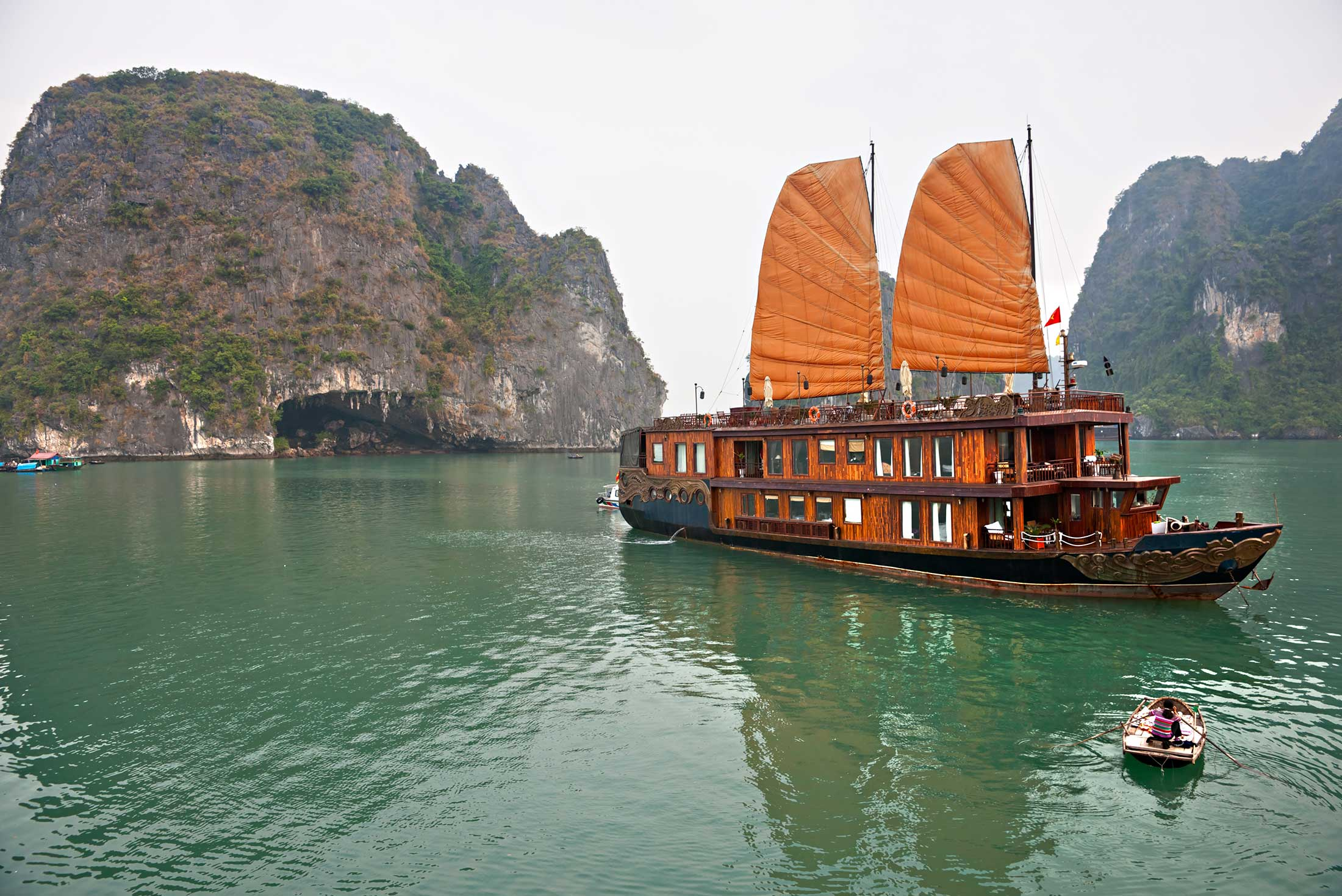 Halong Bay Experience - Independent 4