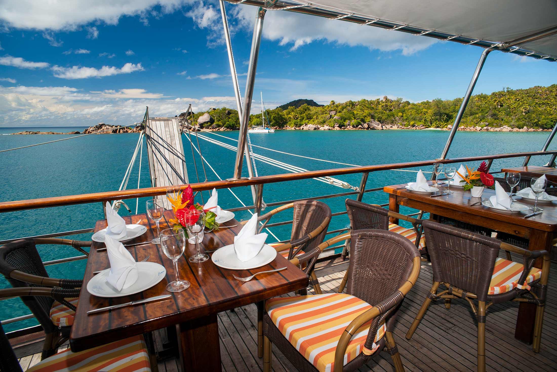 Cruising in the Seychelles (Garden of Eden) 4