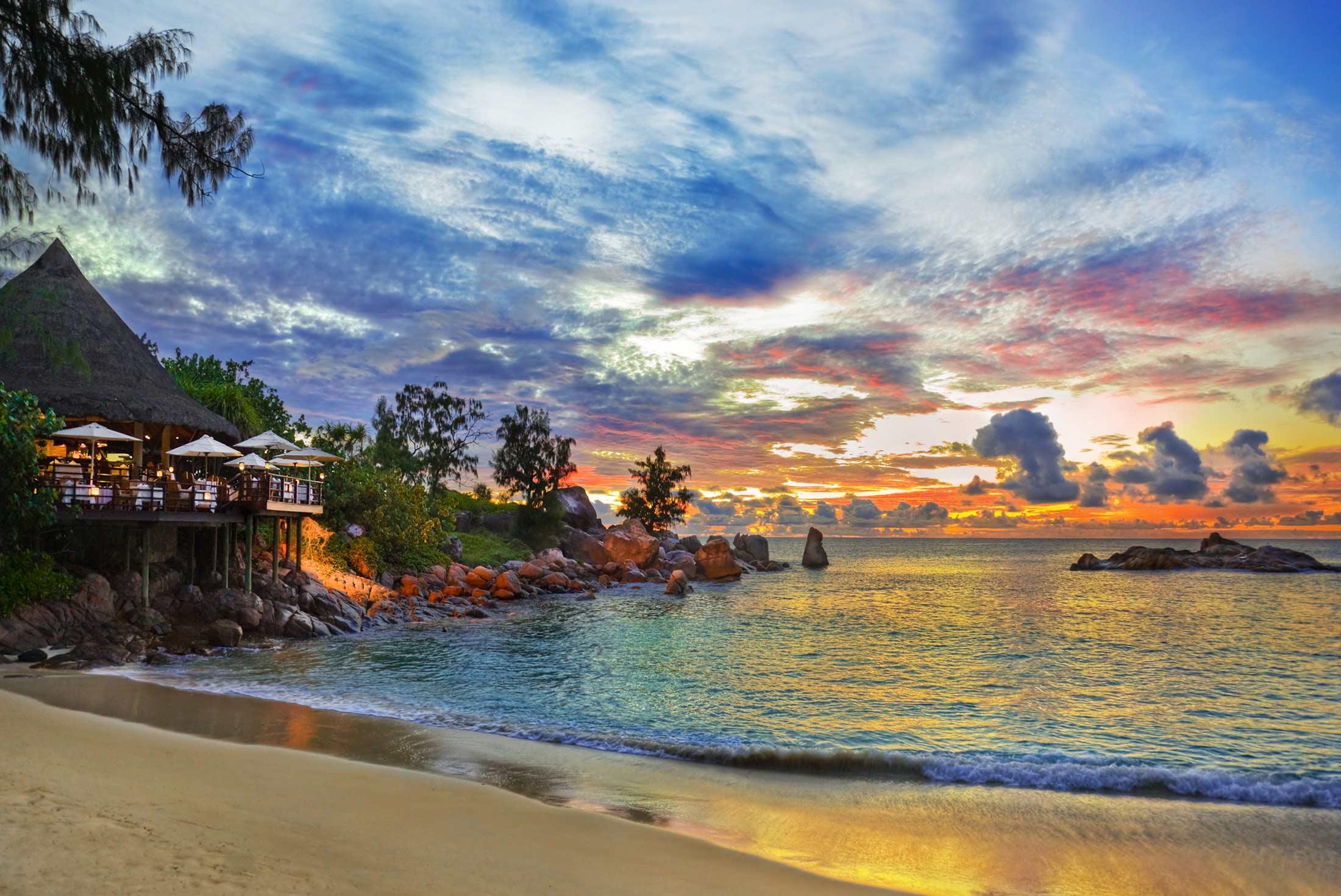 Cruising in the Seychelles (Garden of Eden) 1