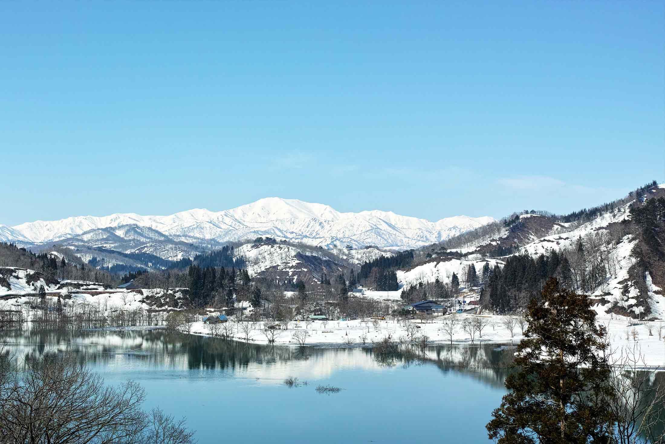 Japan Winter Explorer 4