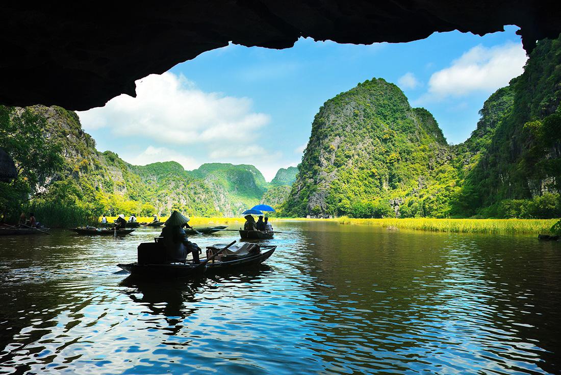 North Vietnam Coastal Cruising - Hanoi to Danang 1