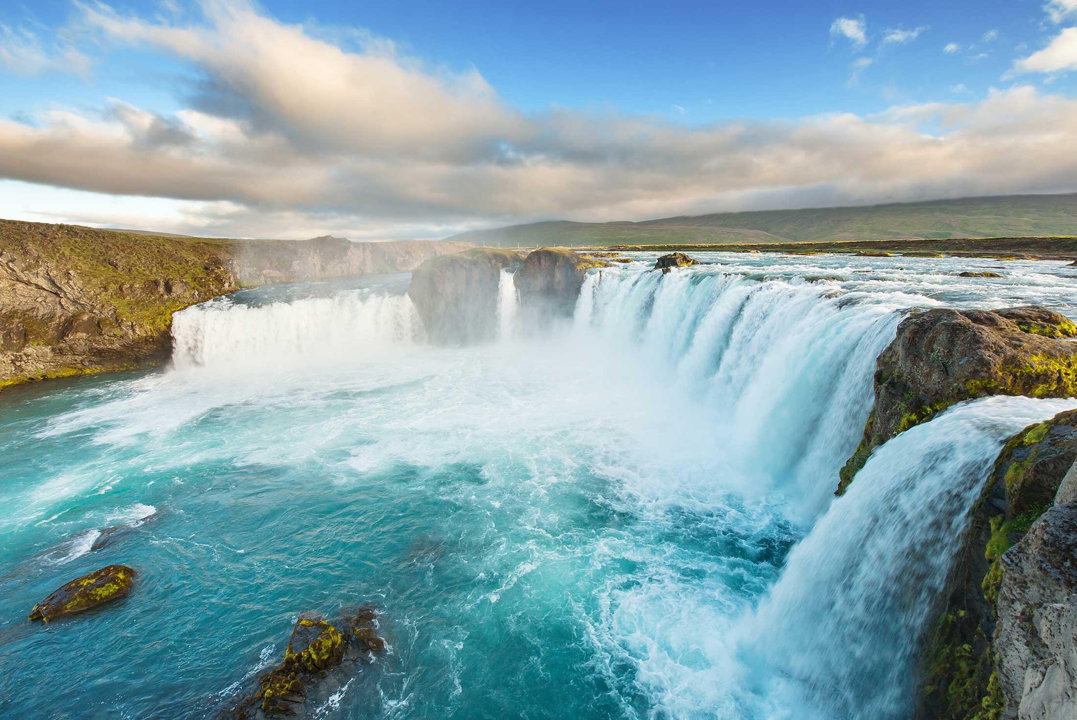 Cruising Iceland (The Icelandic) - Akureyri to Reykjavik 1