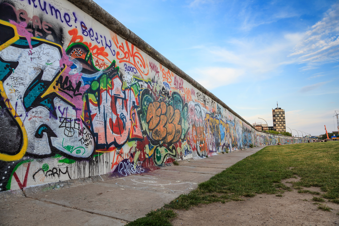 Fall of the Berlin Wall: Limited Edition 1