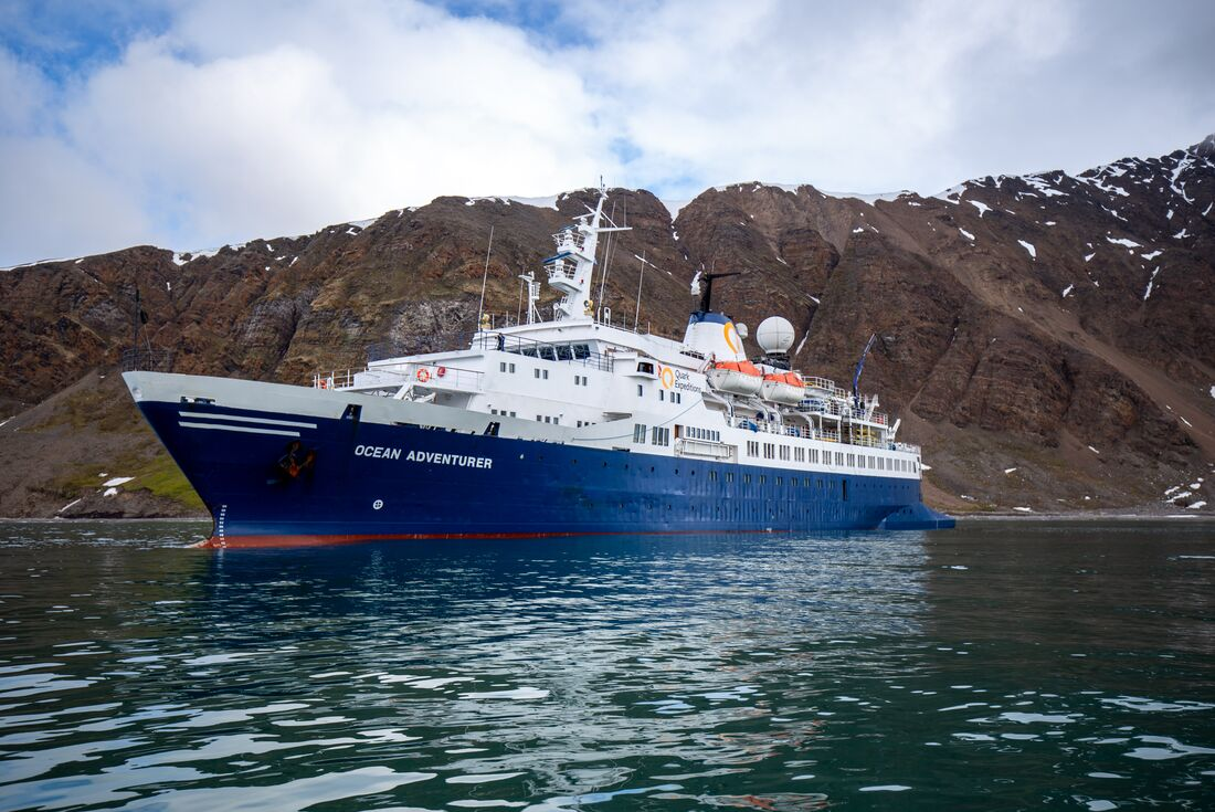 Exploring Spitsbergen via the Faroes and Jan Mayen 3