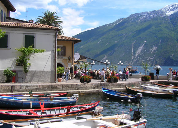 Walking in Italy: The Italian Lakes 2