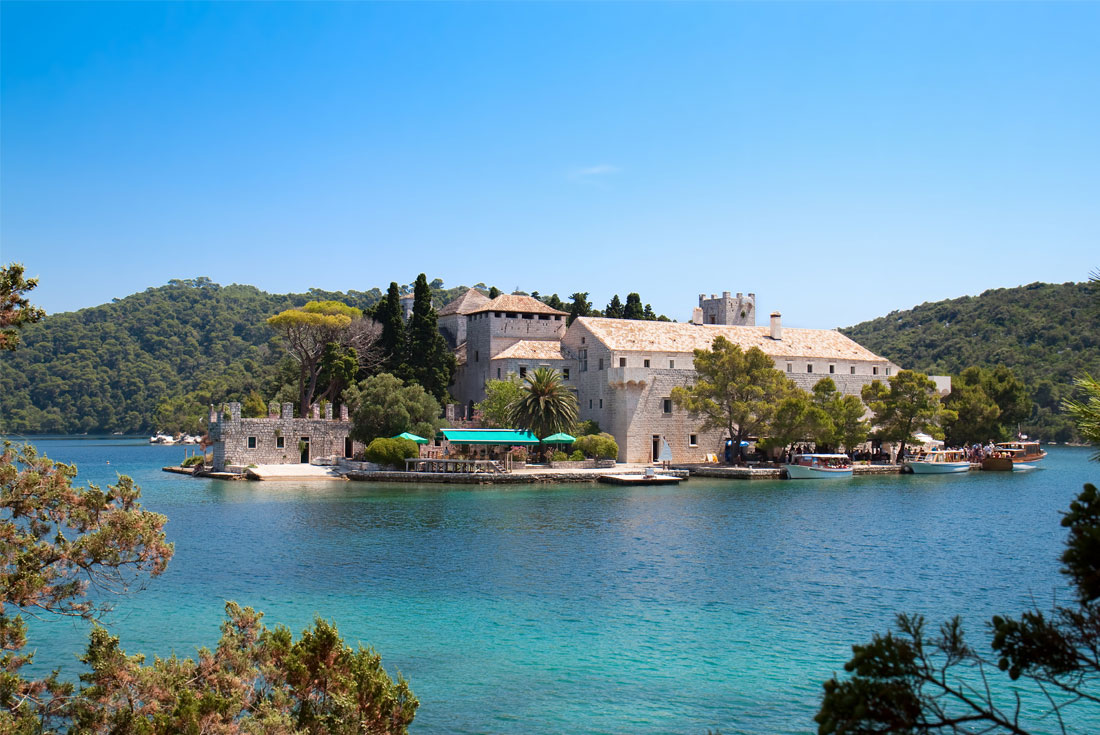 Cruising the Outer Islands of Croatia: Split to Dubrovnik 4