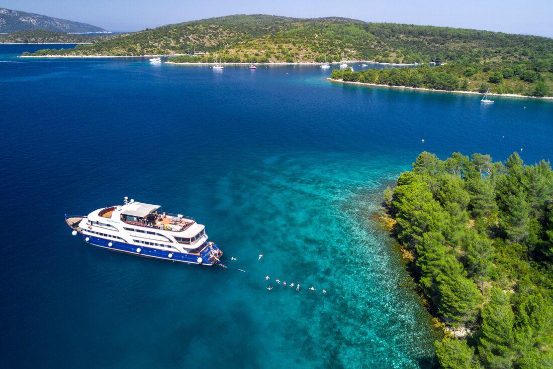 Cruise Croatia, Coast and Outer Islands: Split to Split 3