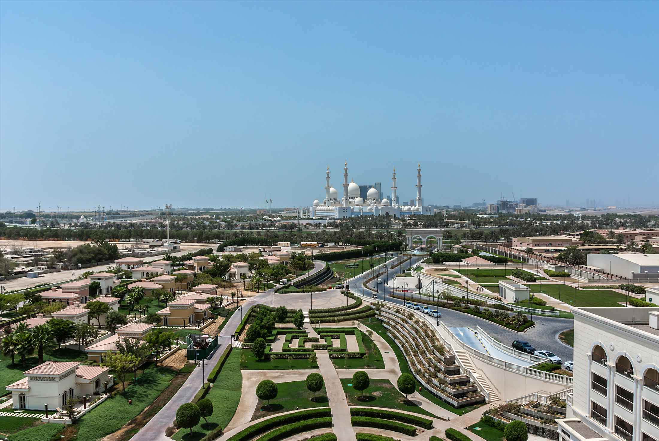 Abu Dhabi Experience: Independent 4
