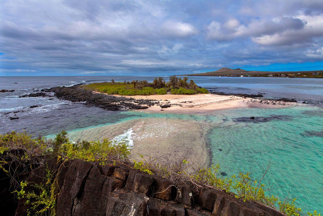 Galapagos Explorer: Central Islands (Grand Queen Beatriz) 4