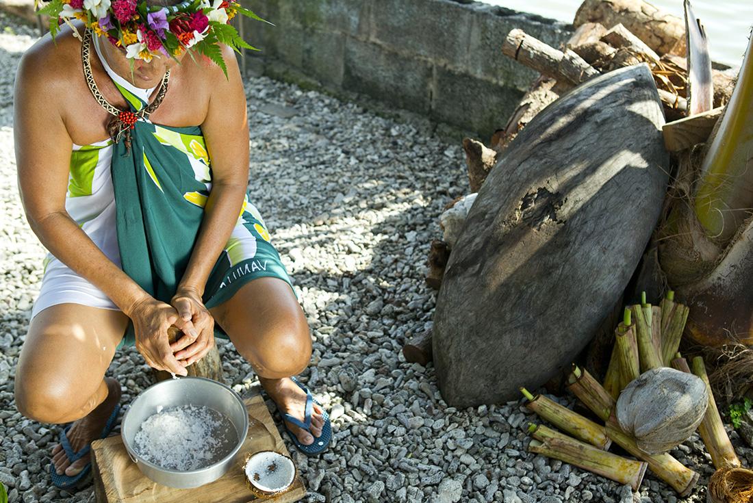 Tahiti, the Society and Tuamotu Islands 4