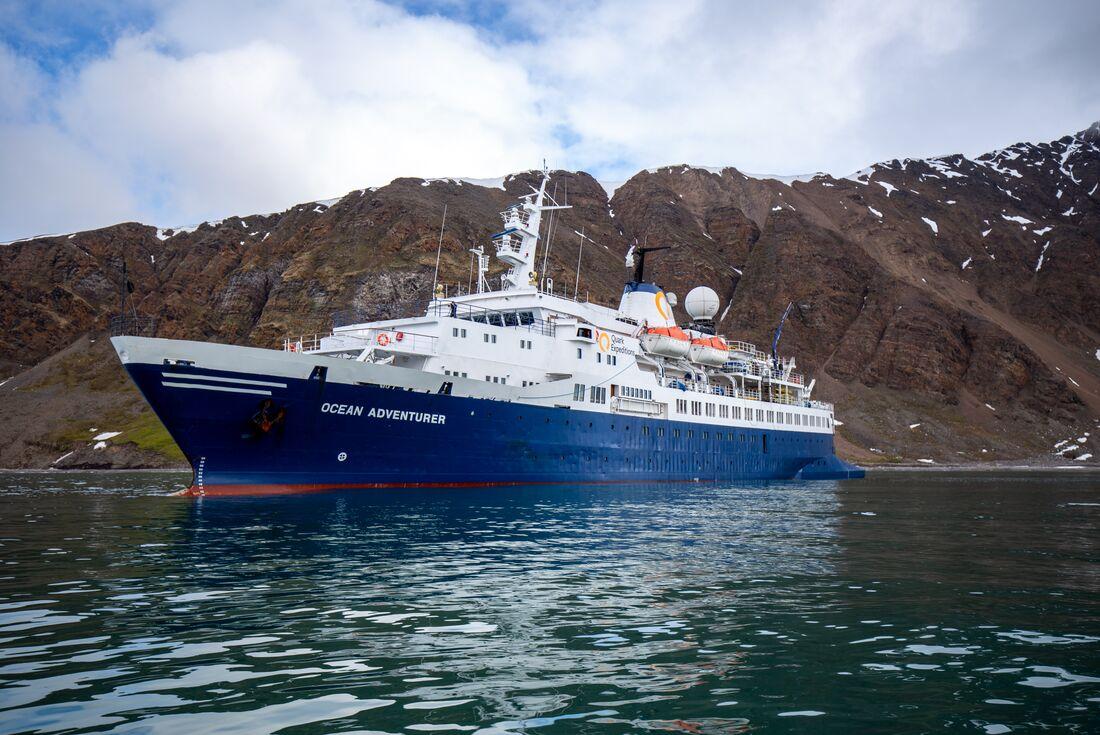 Exploring Spitsbergen via the Faroes and Jan Mayen 3